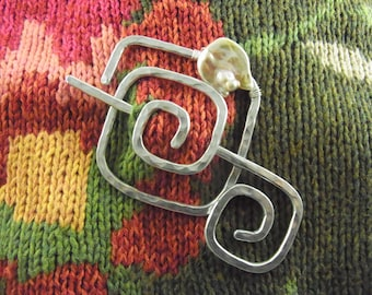 Silver Shawl Pin/Brooch Hand Formed Abstract Square with Genuine Champagne Coin Pearl