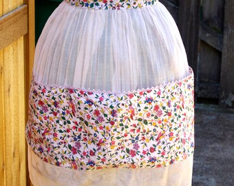 Vintage Sheer Pink Apron with Pockets