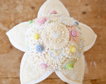 Vintage Inspired Pastel Felt and Button Bouquet