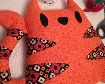 Kitten Rice Warmer ~ Orange Flower