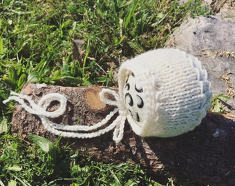 Newborn size knit round back bonnet,Chi-Chee Bonnet ,prop,gift