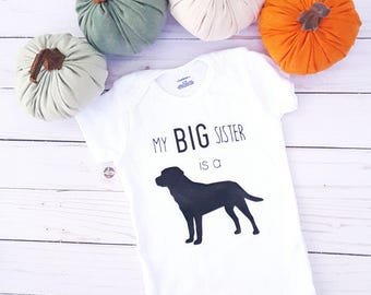 Labrador Baby Onesie®, Big Sister Onesie, Baby Reveal, My Big Brother is a Dog, Baby Shower Gift, Cute Baby Onesies, Dog Onesie
