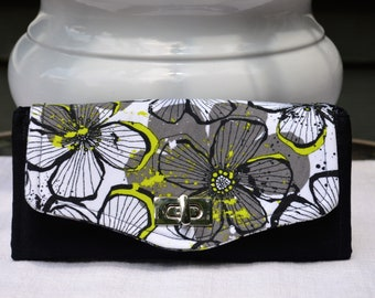 White and Black Floral Necessary Clutch Wallet