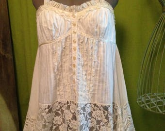 T44 strapless tunic button front, unstructured low lace
