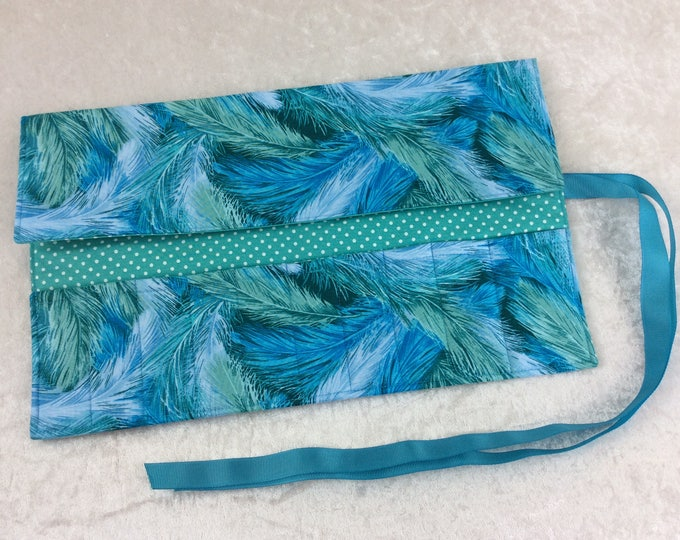 Handmade Makeup Pen Pencil Roll Crochet Knitting needles tool holder case Feathers
