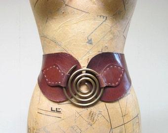 """Vintage 1960s Belt / 60s Boho Handcrafted Leather Belt / 28"""" Waist"""