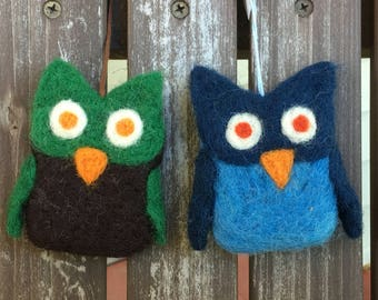 Owl ornaments - dry needle felted