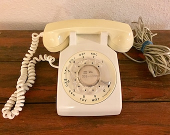 Vintage ITT Rotary Telephone / White / Cream / Citizen's Utilities