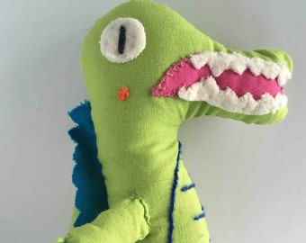 Cocodrile stuffed animal