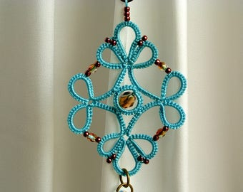 Tatted necklace pendant, tassel, tatting jewelry, turquoise tatted pendant crystal beads, adjustable necklace, long necklace, made in Italy