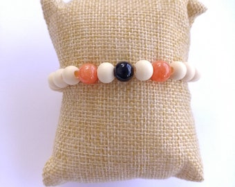 Dyed red quartzite and blue sandstone beaded wooden bracelet