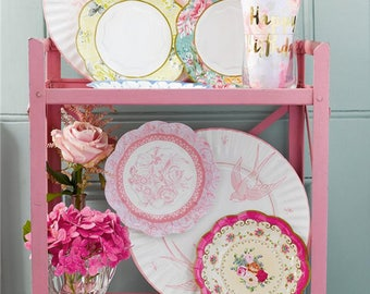 Truly Scrumptious Vintage Paper Plates - 18cm,shabby chic,tea party,wedding,tableware,china look