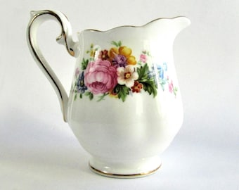 Royal Albert, Similar to Lady Carlyle, Creamer, Vintage