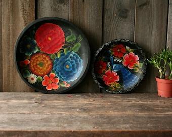 2 Hand Painted Platters Bowl Folk Art Tole Painting Boho Primitive Vintage From Nowvintage on Etsy