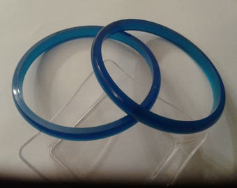 Pair of Brilliant Blue Moonglow Acrylic Bangles