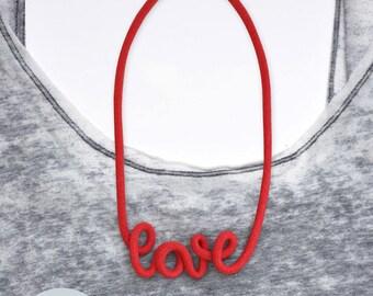 Statement-Necklace Love