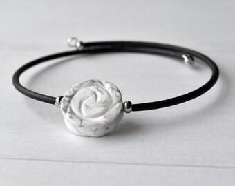 Bracelet - Gemstone Bracelet - Natural Gemstone - Stone Bracelet - Gift for Her - Flower Bracelet - Gemstone Jewellery - White Howlite