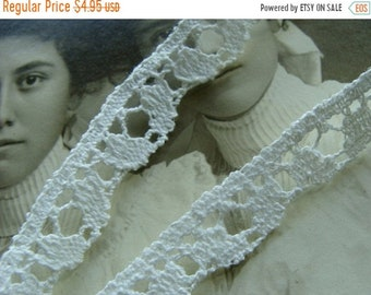 ONSALE Vintage French Cotton Lace 2Yrds
