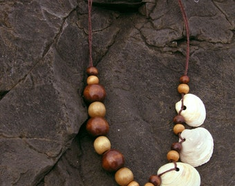 Asymmetrical Clamshell Statement Necklace