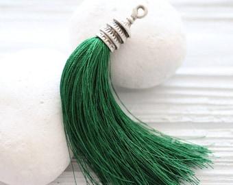Silver cap dark green silk tassel, emerald, kelly green, silk tassel,tassel pendant, decorative,green jewelry tassel, pagoda silver cap, N9