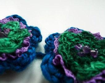 Crochet  flower kit, flower hairslide kit, DIY hair clips, handspun wool crochet kit, peacock colours, crochet gift set