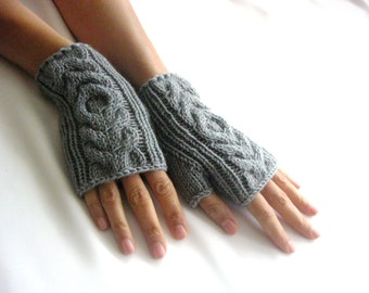 Little GRAY   Fingerless Gloves