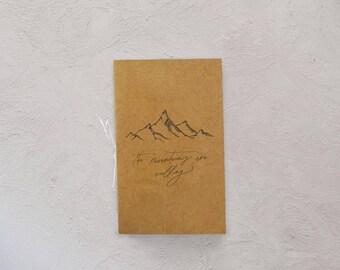 Montagnes sont appellées poche pour ordinateur portable | journal de la montagne, cadeau de Noël, voyage journal, carnet de montagne, cadeau de Noël moins de 10 ans
