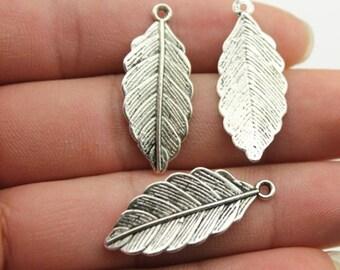 10 pcs Detailed Leaf Charm, Silver Pendant - PD041