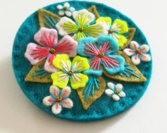 Hydrangea felt brooch statement pin - hand embroidery - scandinavian style - unique - limited edition - pink lime flowers nature