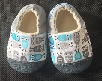 Baby Shoes, Baby Slippers, Soft Sole Baby Shoes, baby boy shoes, Baby Shower Gift, rubber sole and toe options, owl print baby, toddler shoe