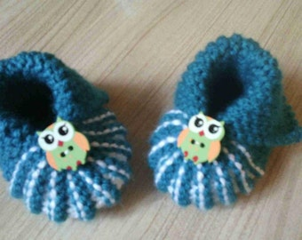 baby booties hand knit size 0/3 months