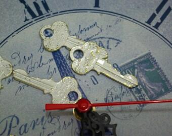crown vintage key