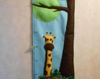 Height felt Lion and giraffe custom theme