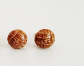 Natural Oak Stud Post Earrings 7mm