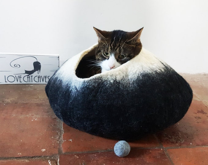 Black and White Cat Bed Cat Cave Cat House cat nap cocoon Free Ball - Medium