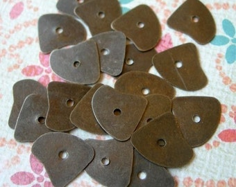 Metal Sequins India ANTIQUE BRASS OX Organic Shape lot of 20 washers spacers loose bronze 10mm x 12mm