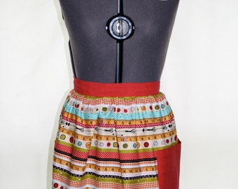 Seamstress Apron - Buttons and Shears