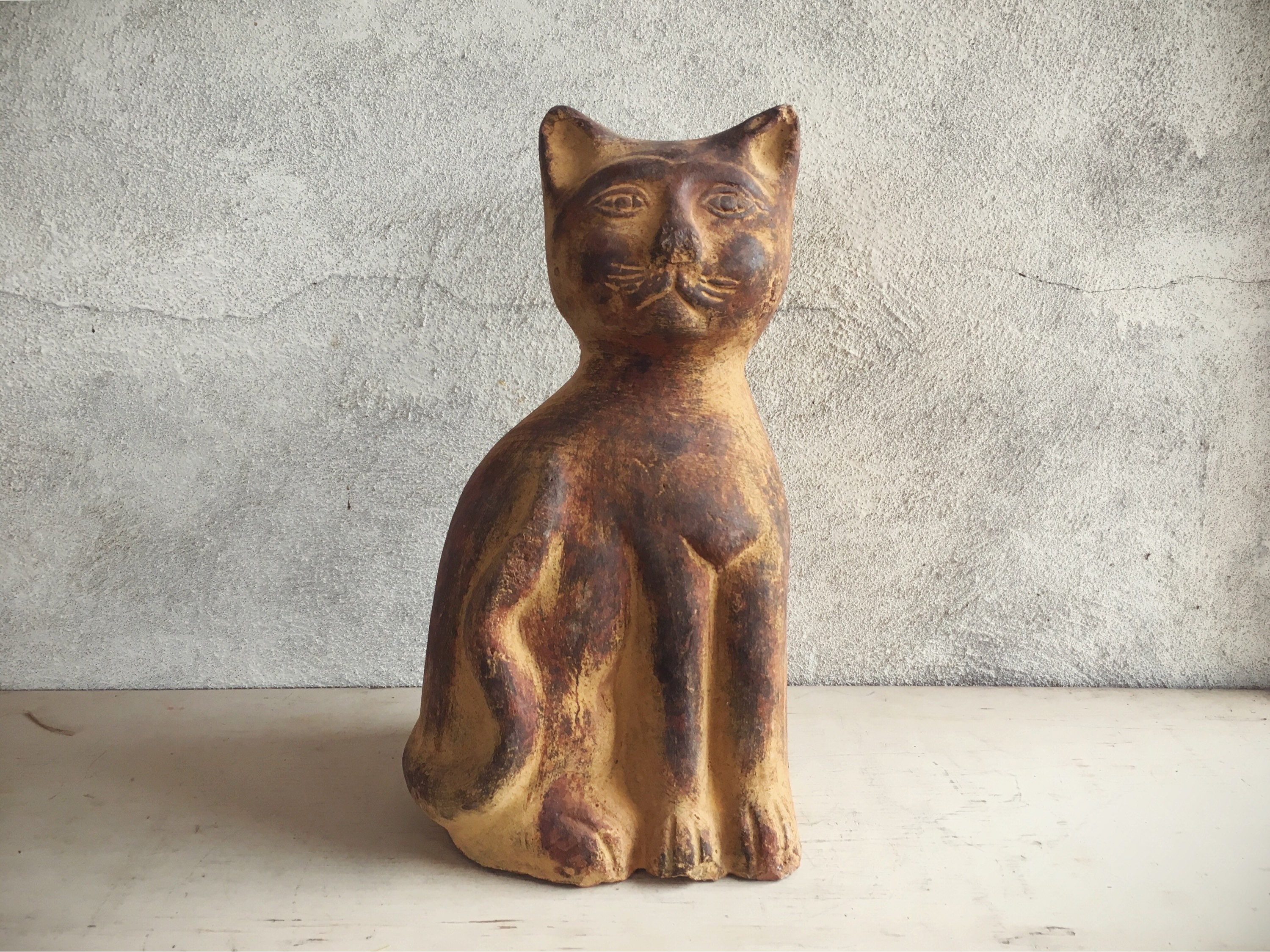 and tacks cat from birds features home garden at brass the statue animals chicken crocketford animal for