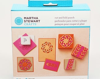 DESTASH-- Martha Stewart Cut and Fold Bloom Punch