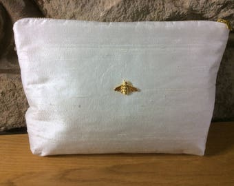 Silk with Bee Luxury Ultra Glamorous Wash Bag
