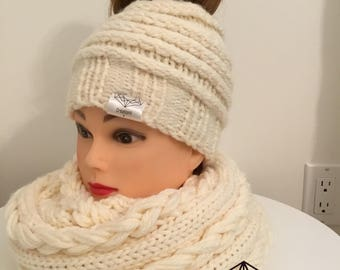 Set ponytail and scarf hat (available separately)
