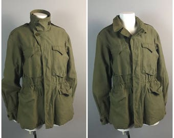 Vintage 1960s 1970s Army Green Vietnam Era Button Up Military Field Jacket / Men's S/XS / 60s 70s Retro Coat Utility Heavy Duty
