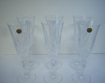 Cristal d' Arques Masquerade Pattern, Six Champagne Flutes, Appear Unused, Two With Stickers, Crystal Clear Stemware, Toasting Flutes