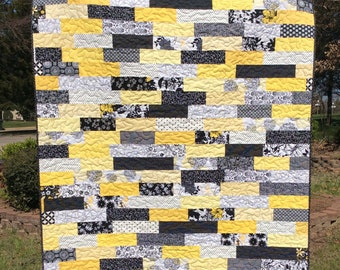 Modern Quilt, Lap Quilt, Black and Yellow Quilt, Floral Quilt, Blanket, Throw
