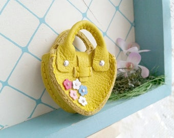 Mini Lemon Yellow Leather Fashion Heart Flower Doll Hand Bag For Azone Pure Neemo Pukifee Lati Neo Blythe HandMade