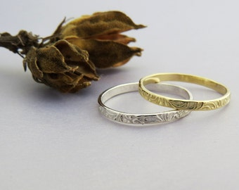 Floral Wedding Ring, Floral Stacking Ring, Delicate Thin Wedding Ring, Flower Wedding Band, 14k Gold Stacking Ring, stackable, unique Ring.