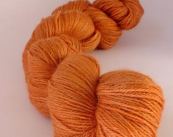 Naturally dyed yarn,  hand dyed yarn,  alpaca, silk, cashmere,  reddish, WASCH/R/2