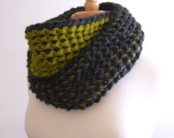 infinity scarf / cowl - charcoal and lemongrass - tunisian crochet