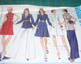 Vogue 2839  Vintage 70's  Tunic, Dress and Wide Straight Legged Pants Basic Design Size 16