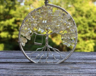 Tree of life necklace with swing